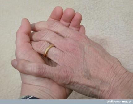 N0031290 Helping hand