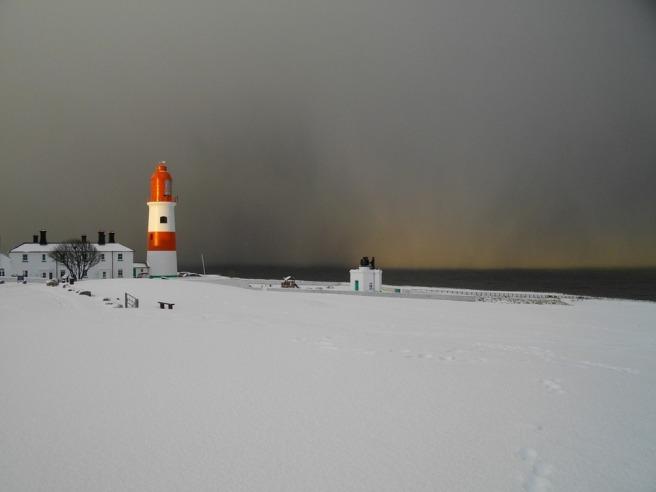 lighthouse-186976_960_720.jpg
