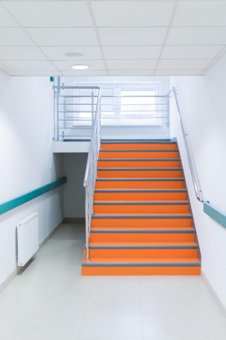 stairs-2105208_1920.jpg