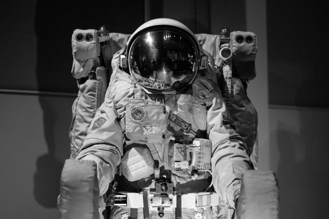 astronaut-1840936_1920