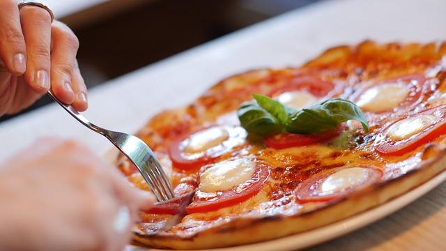 pizza-1150031_640.jpg