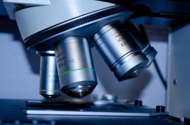technology-lens-laboratory-medical-60022.jpg